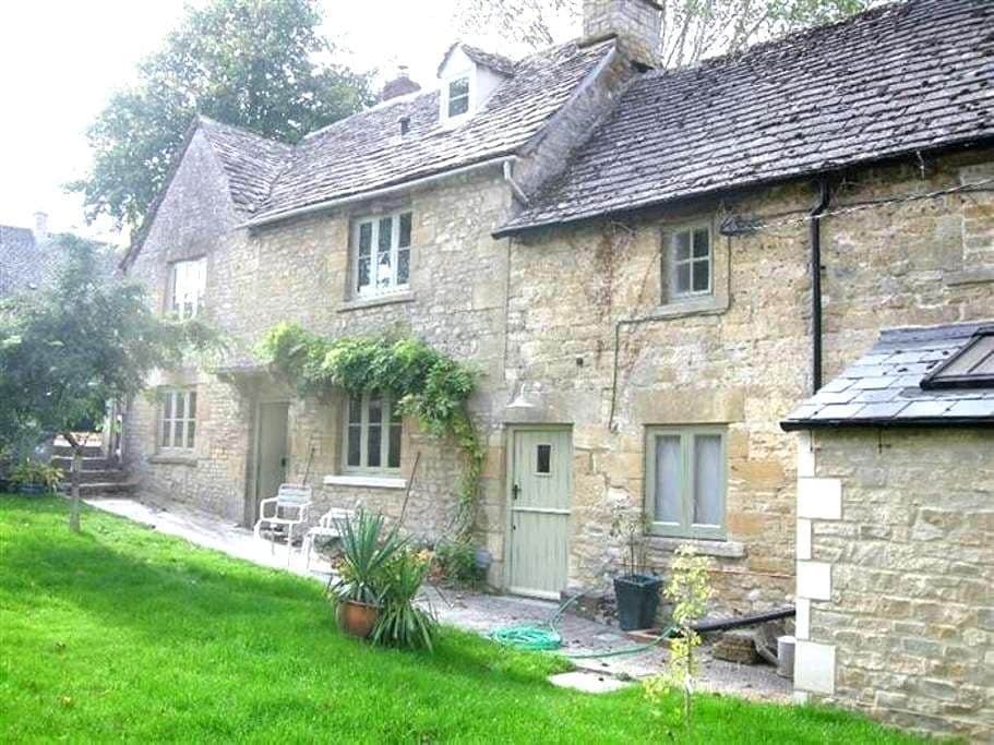 Tannery Cottage, Burford. - Burford
