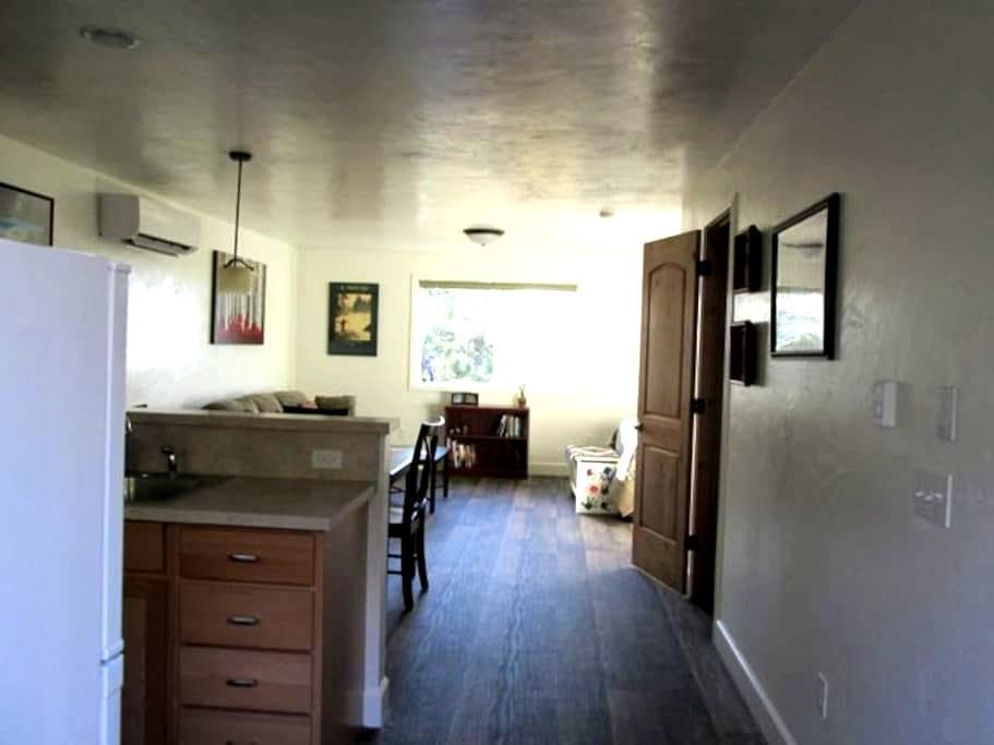 Morning Glory Suite - Kalispell - Apartment