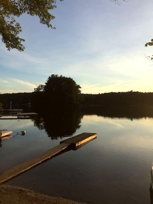 Lake front cottage - Killingly - Hus