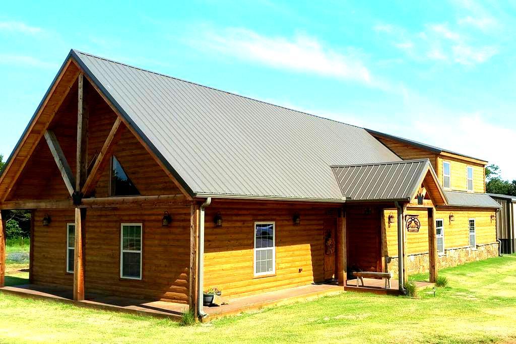 Game Day Cabin! - Stillwater