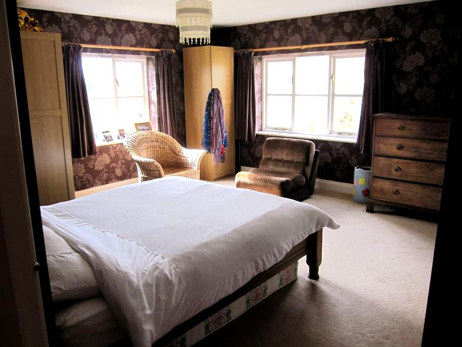 large ensuite family room with private snug - Great Ouseburn - House