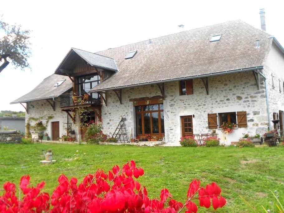 La Grange au bois - Les Ollières - Lejlighed