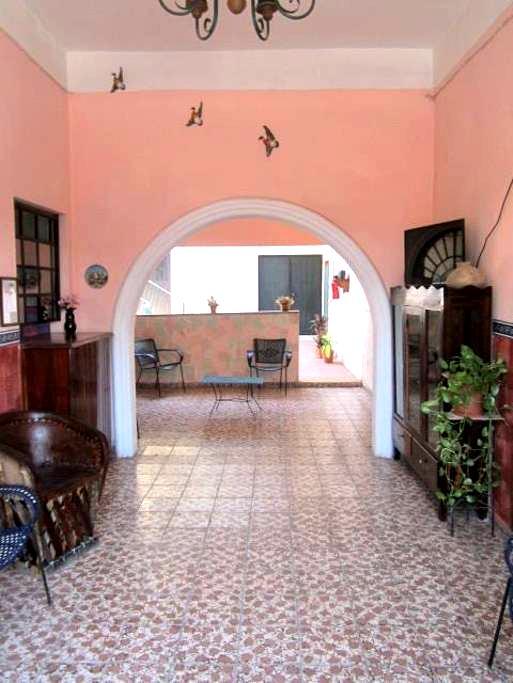 Room for Two - Ciudad de Armería