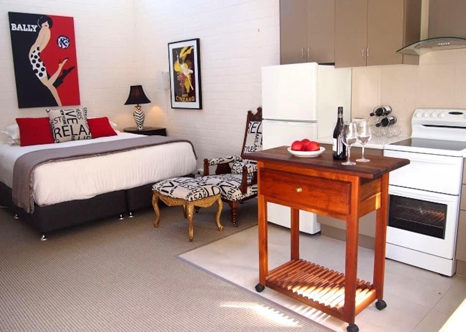 Charming Apartment Great Reviews - East Launceston - Apartemen