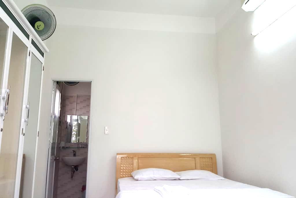 Roof top room close to city center - Thanh Bình - Apartamento