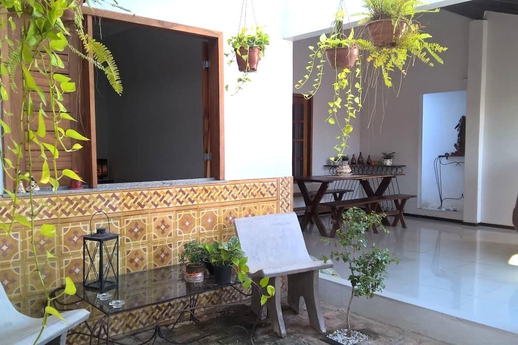 quarto para casal de turistas em ambiente familiar - Parnaíba
