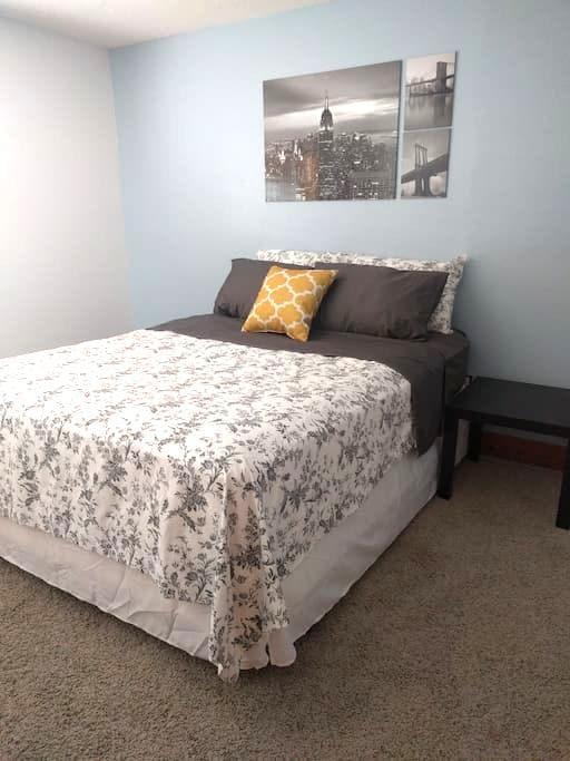 Spacious Private Room in Lehi - Lehi - บ้าน