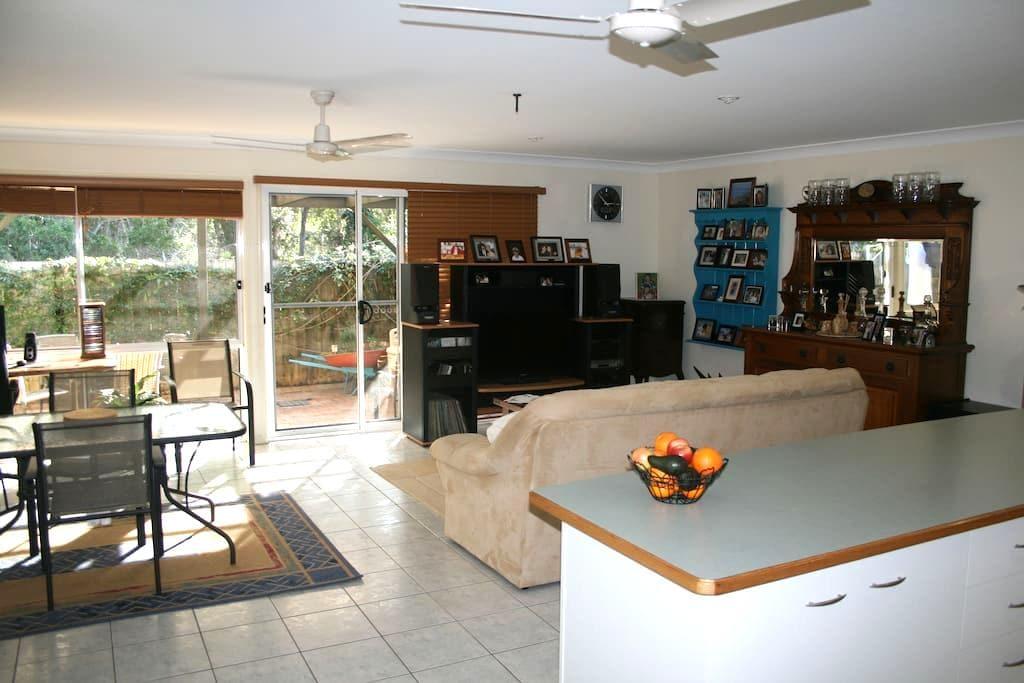 Modern Villa in Kingscliff. NSW - キングスクリフ - 別荘