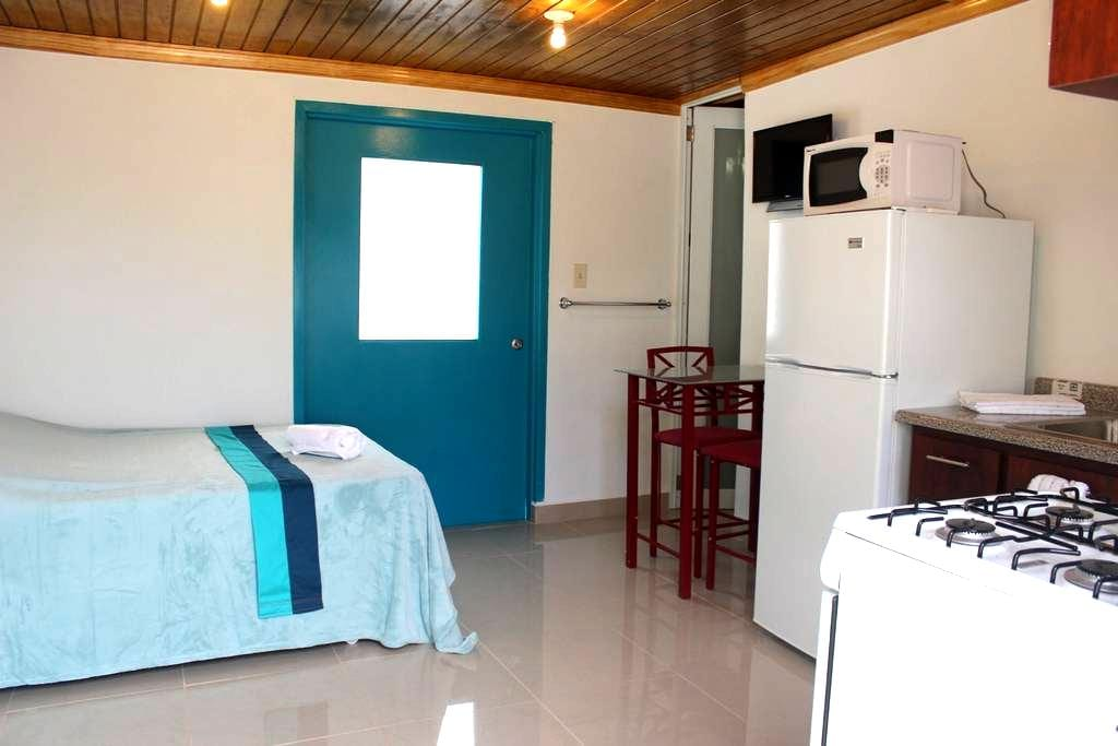 Brand new studio across from Sandy Beach - Rincón - Apartment