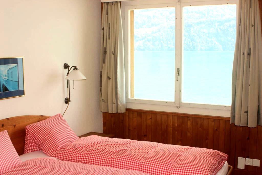 Lakefront Apartment Brienzersee - Brienz - Servicelägenhet