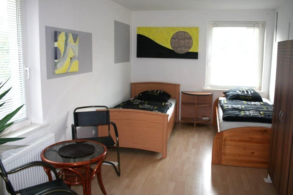 Apartment Hannover Ferienwohnung Monteurwohnung 7 - Sarstedt - Lejlighed