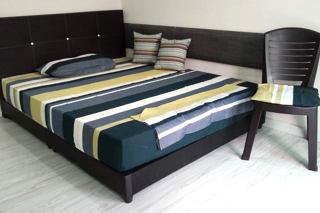 Starz Valley Room-KLIA-University Hub (FREE RIDE) - Nilai - Hostel