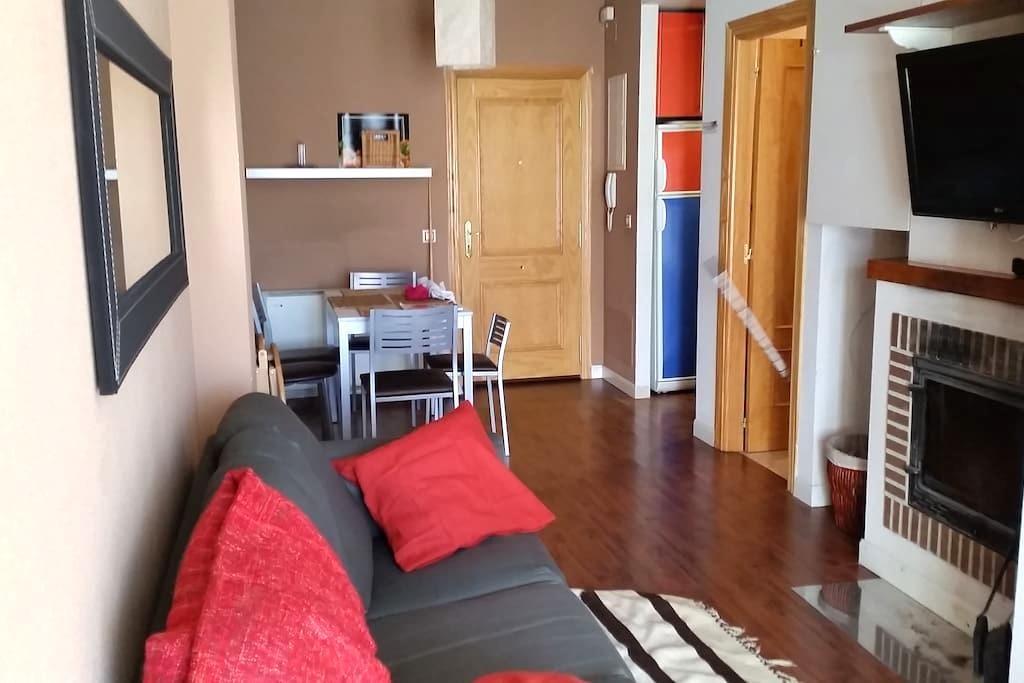 Apartamento con terraza en el centro de Riaza - Riaza - Apartamento