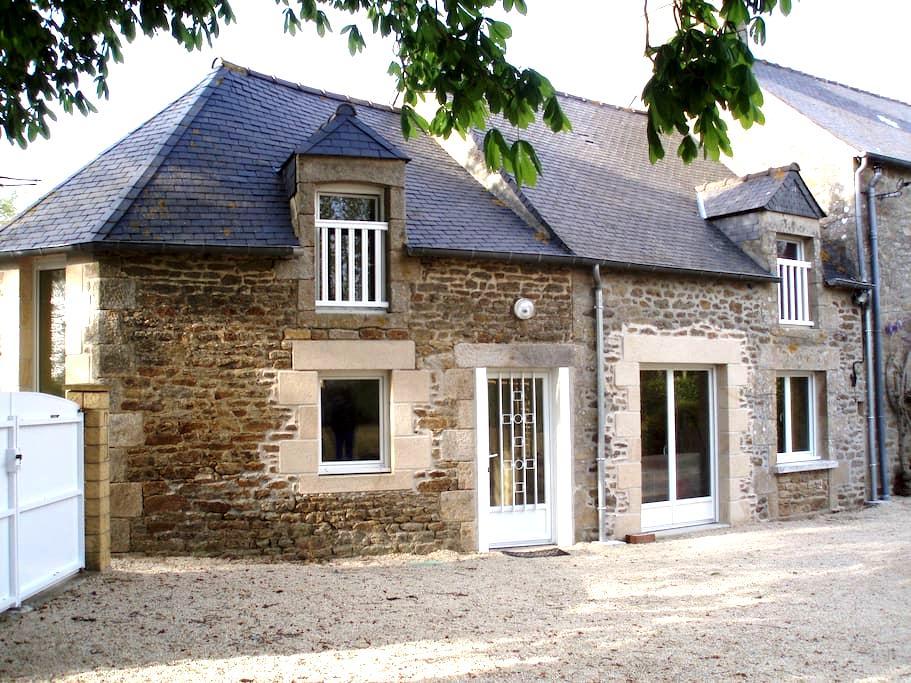Gîte classé 3* dans la Pays de Dinan - Saint-Méloir-des-Bois