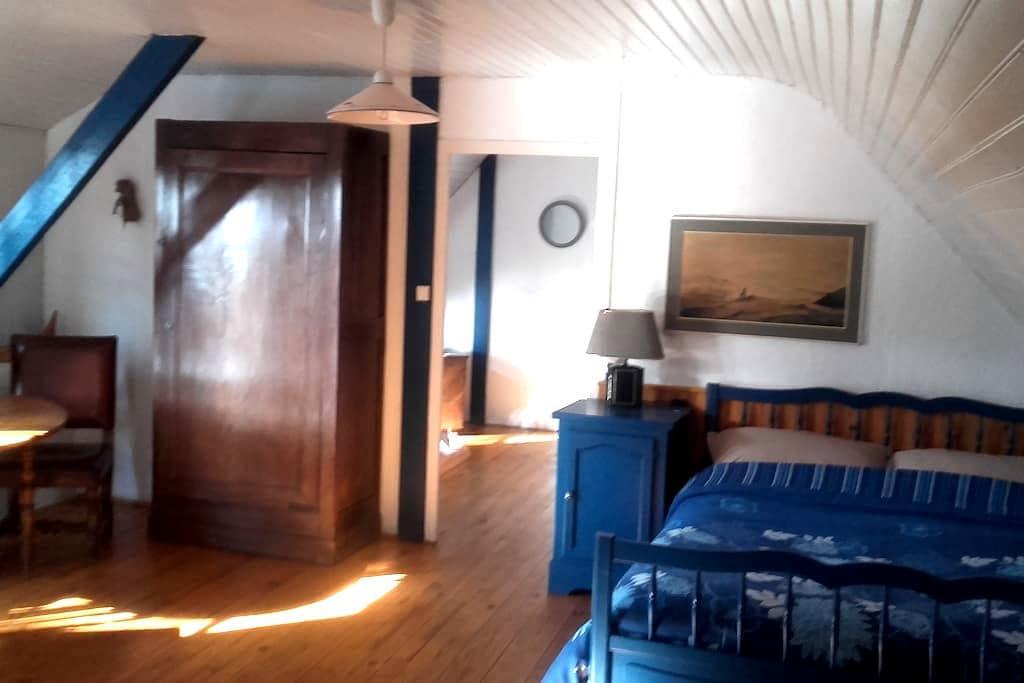chambres d'hôtes baie d'Audierne - Plonéour-Lanvern - House
