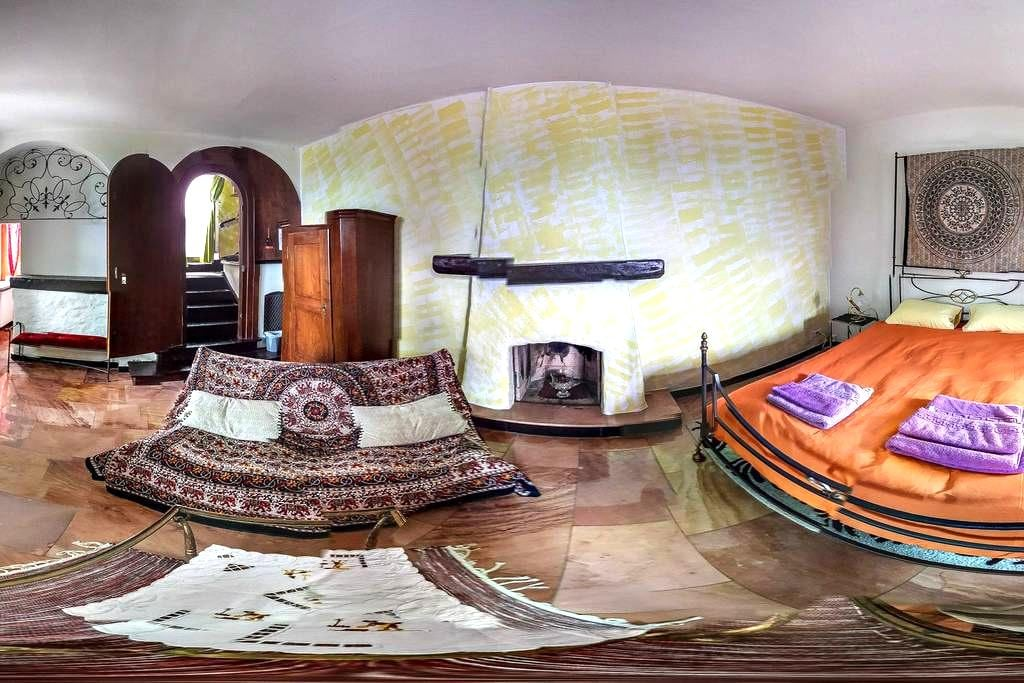 bnb122 room with private bath room! - Ascona - Bed & Breakfast