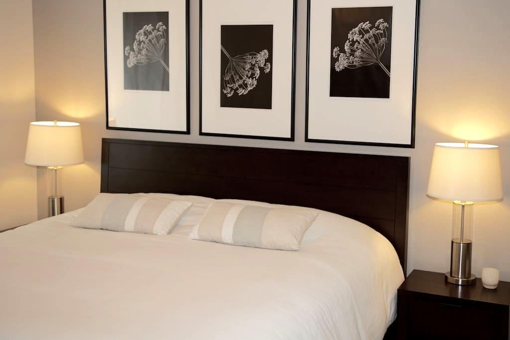 Private 2 bedroom condo in quiet gated community. - Renton - Lyxvåning