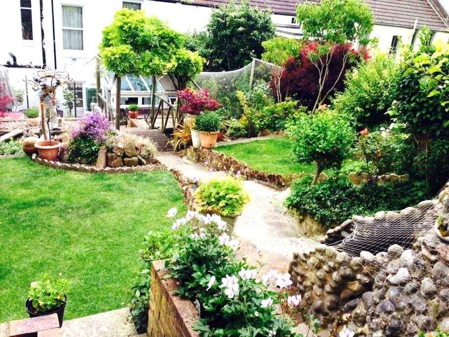 DOUBLE ROOM IN NEWHAVEN - BLUE - Newhaven - Casa