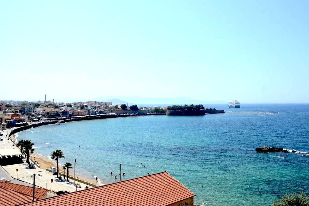Penthouse, with  the best view in town - Chania
