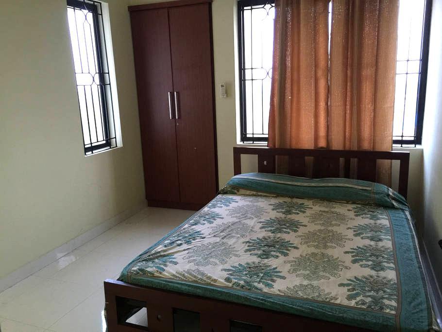 fully furnished 3 bedroom flat - Ernakulam