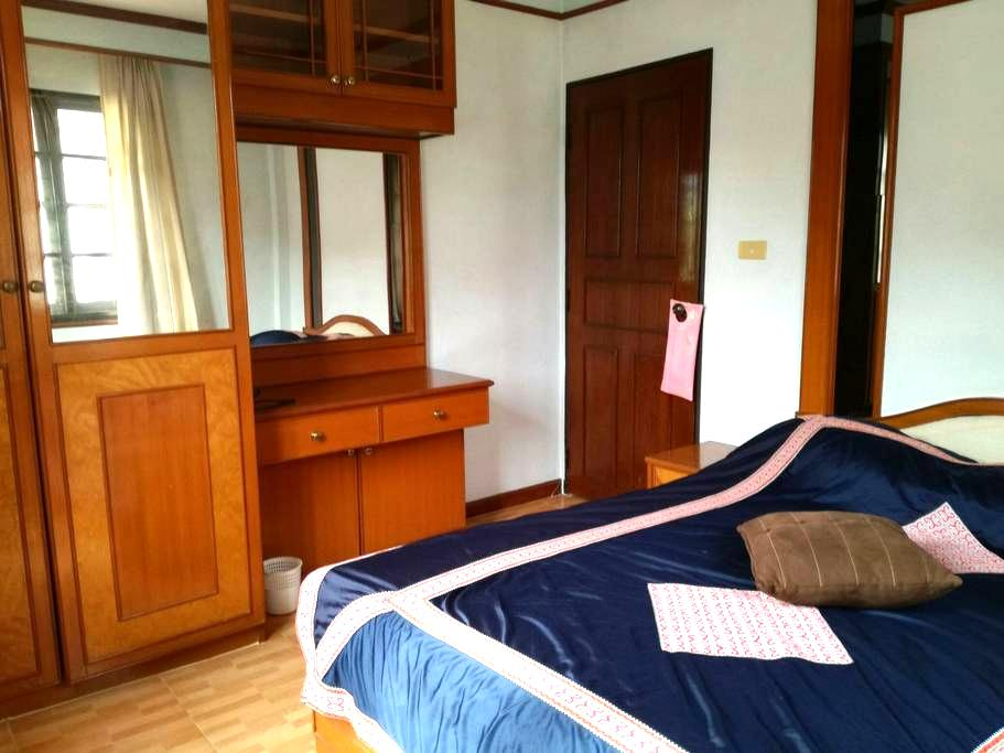 Private home with gym,pool, sauna - San Sai District - Casa