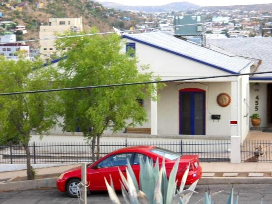 "the historic ""Border View"" home - Nogales"