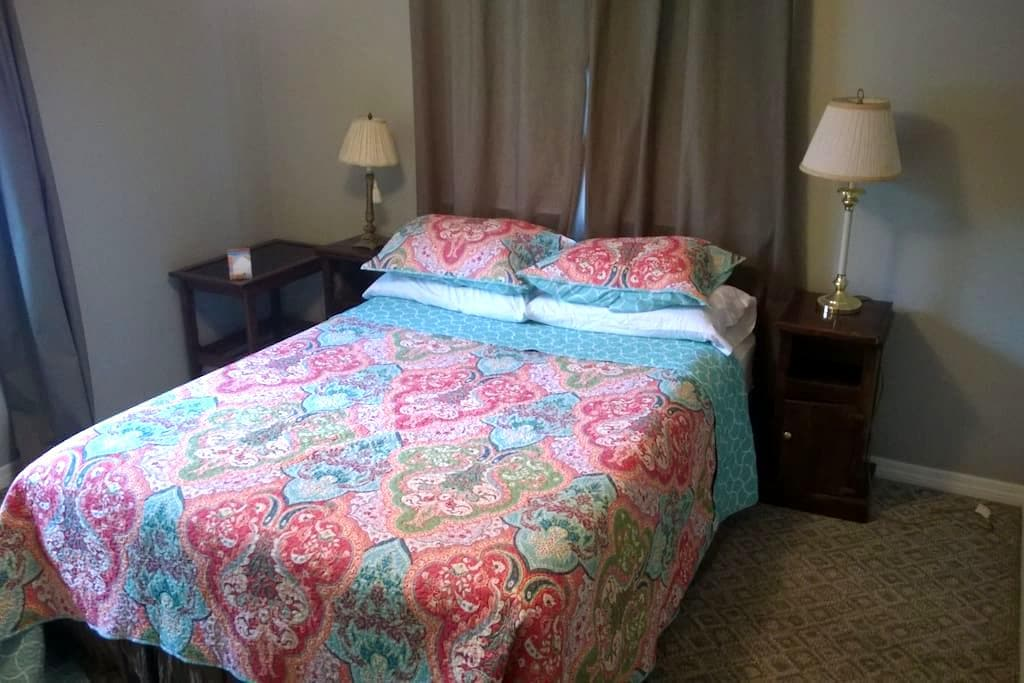 Private Gulfport Room and Bath for Two - Gulfport - Hus