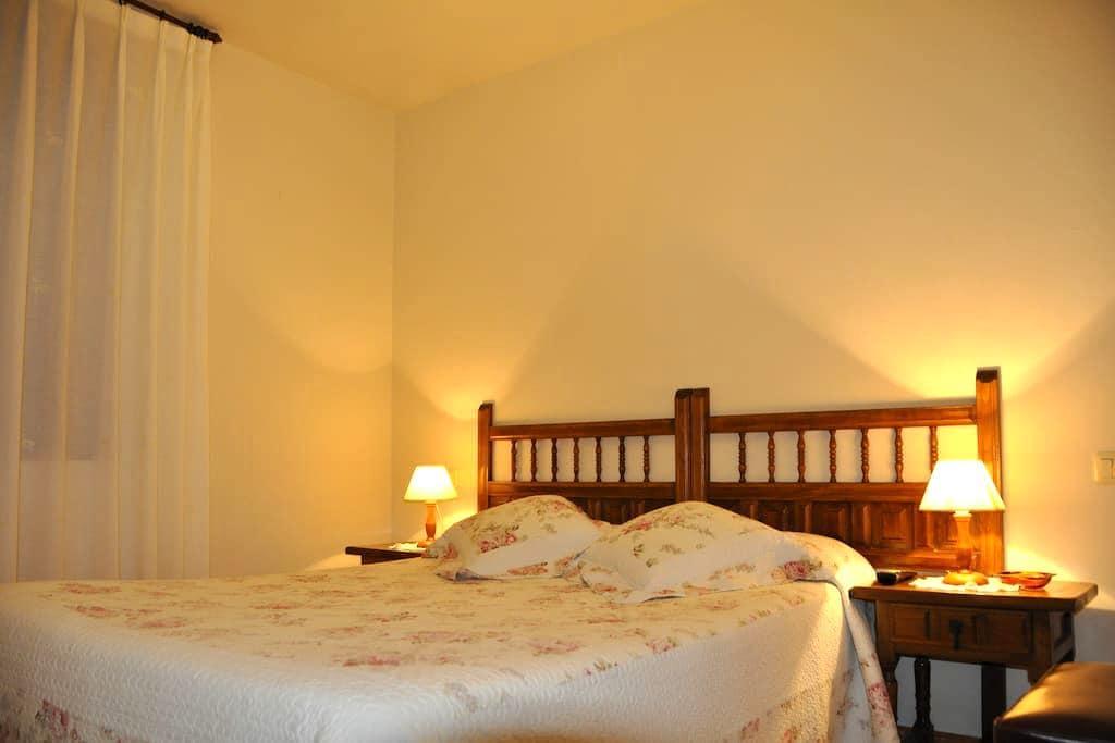 Habitación matrimonial JuanRobre-4 en El Castañeu - Las Arenas