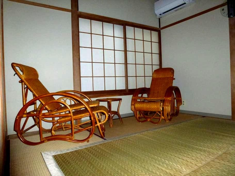 Room in guesthouse  in onsen resort  1.3 - Yonago