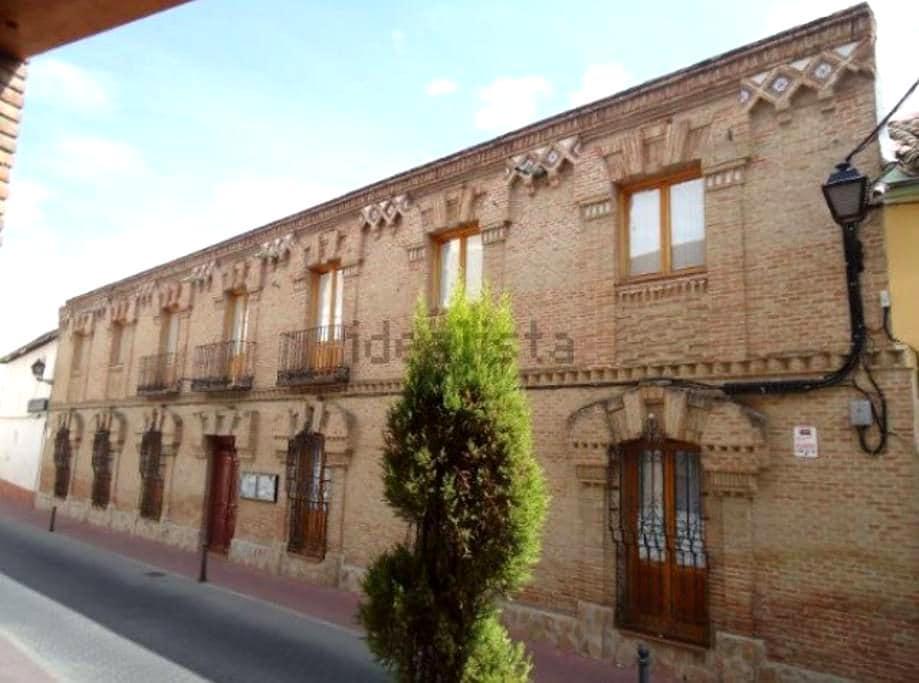 6 Habitaciones privadas próximo a Toledo y Madrid - Yuncler