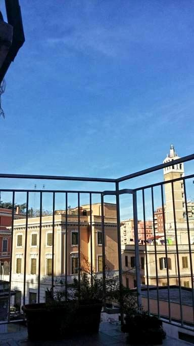 bright home in the center of Rome - Rome - Appartement en résidence