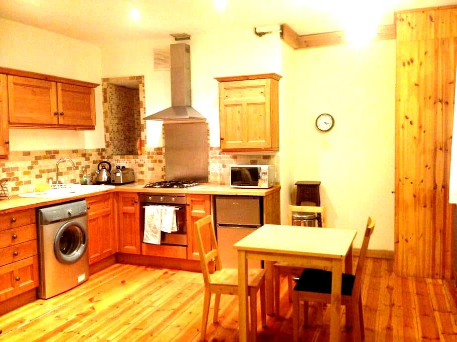 Cosy basement floor flat in city - Newcastle upon Tyne - Apartamento
