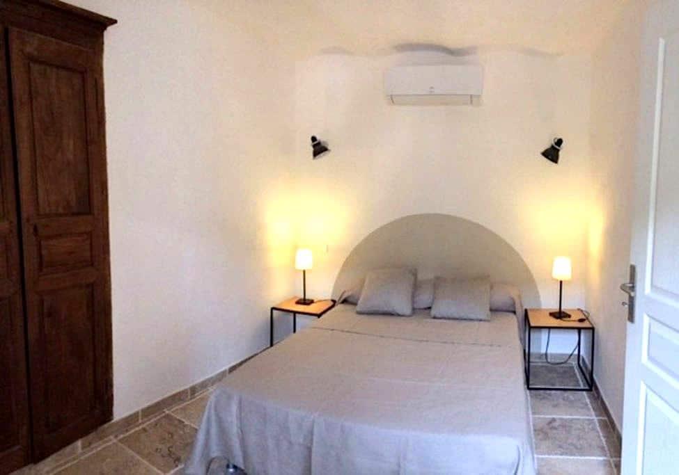 One bedroom apartment in Corsica  - Pigna