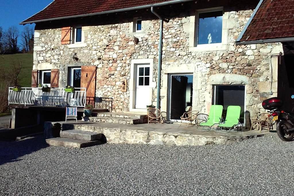 maison a la campagne - Yenne