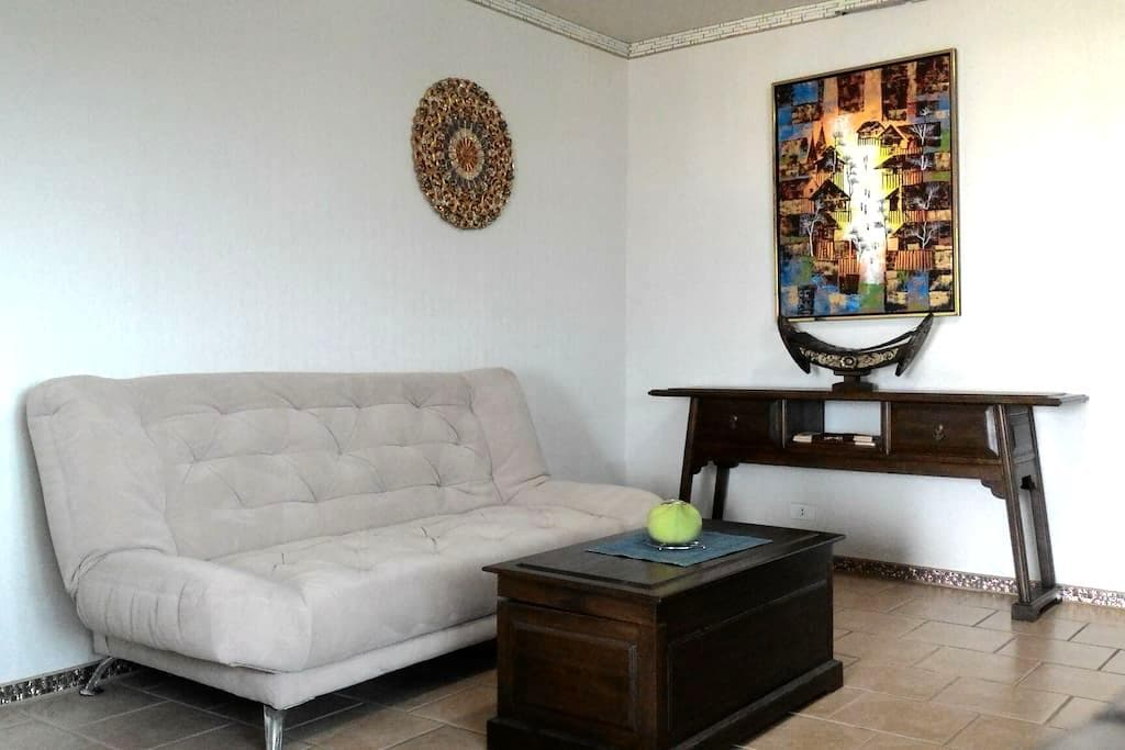 YOUR DOWNTOWN HOME - Chang Moi - Appartement