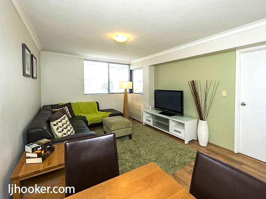 Your home away from home! - South Perth - Apartamento