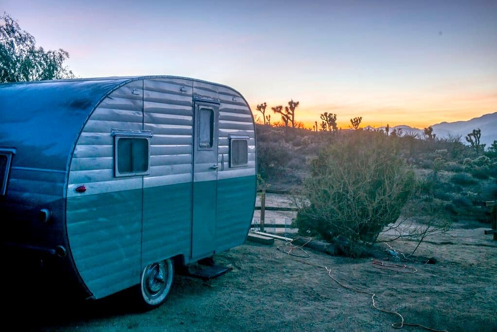 1955 Canned Ham Trailer on JT Compound - Yucca Valley - Camper/RV