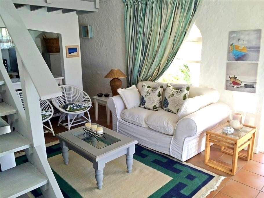 Sea Shell Cottage Plettenberg Bay - Plettenberg Bay - 木屋