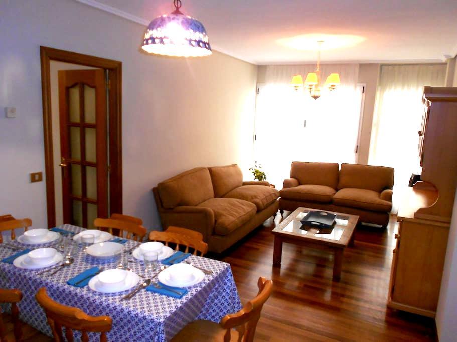 Apartamento junto a la playa - Castro Urdiales - Leilighet