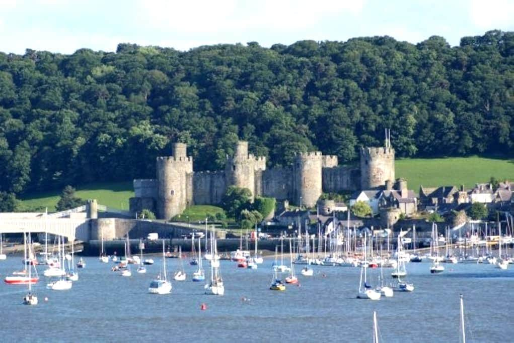 Conwy Castle View - Deganwy - Appartement