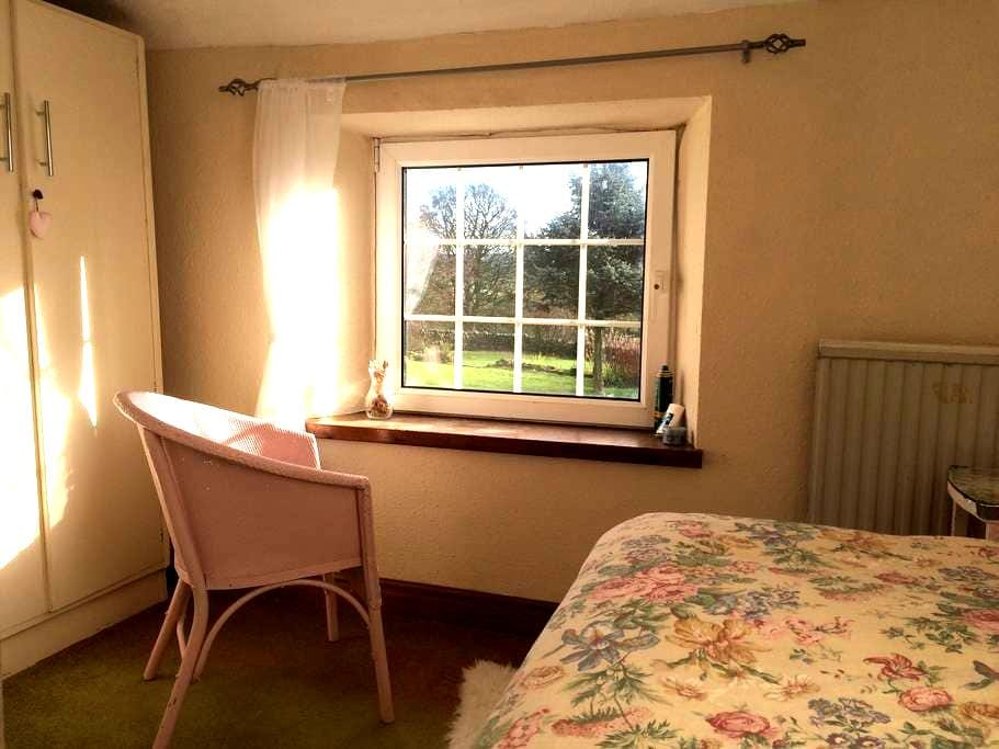 Single Bedroom in Cumbrian Cottage - Kirkby stephen - Casa de campo