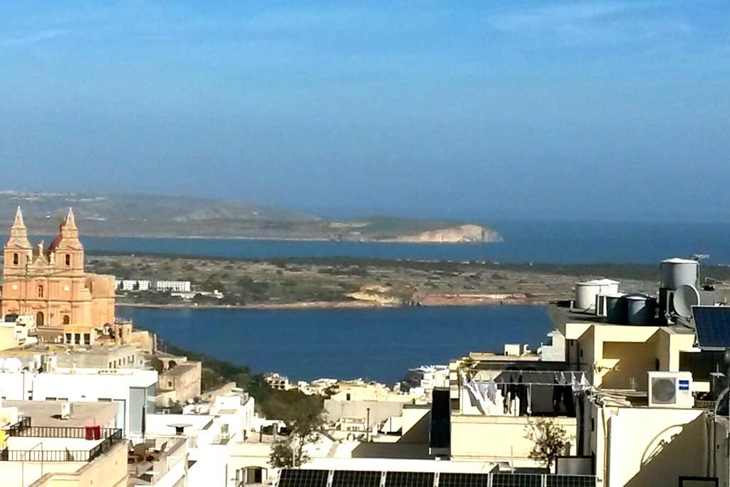 Attico con vista mare - Mellieħa