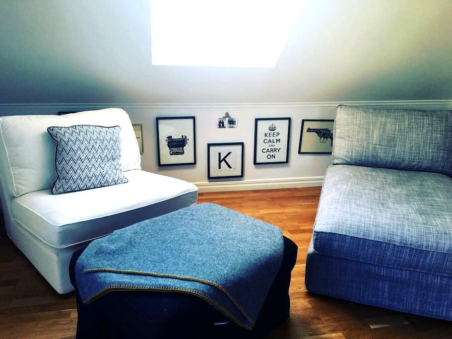 Central vindslägenhet - Borås - Apartment