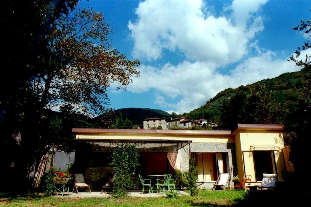 A little house near Lucca ( 17 km) - Valdottavo