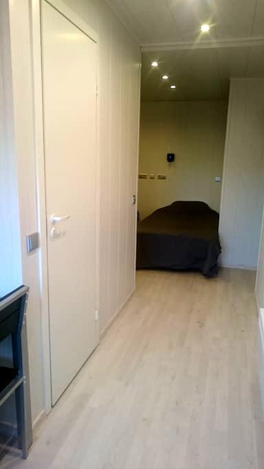 Cozy flat by the river (nr 3) - Pärnu - Apartmen