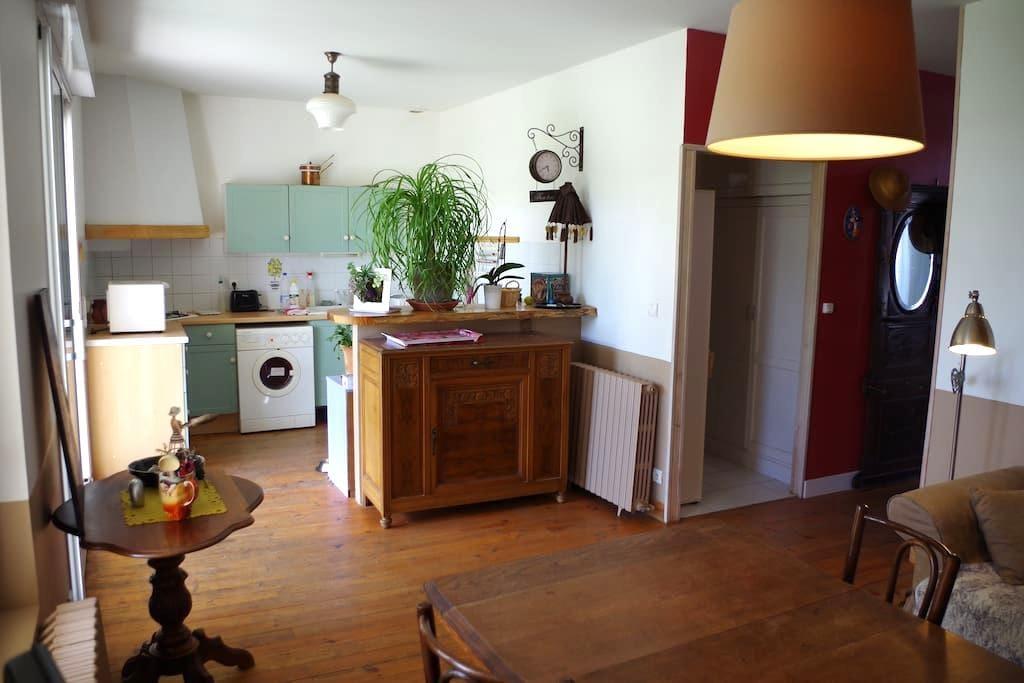 Agréable maison charentaise - Saintes - Huis