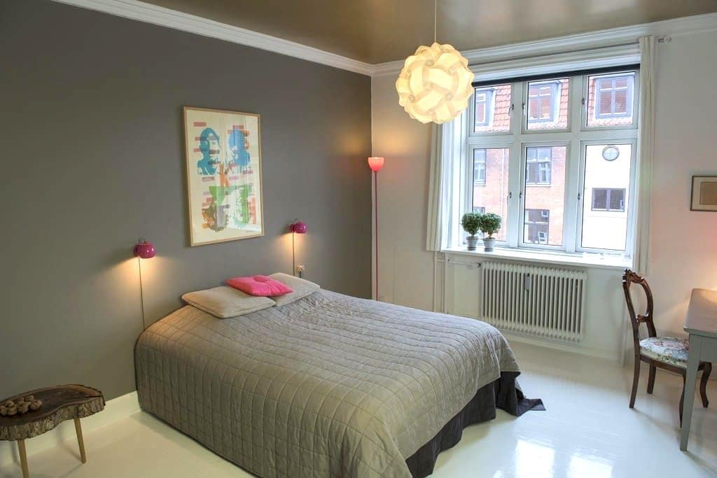 Light and cosy room - space for two - Copenhagen
