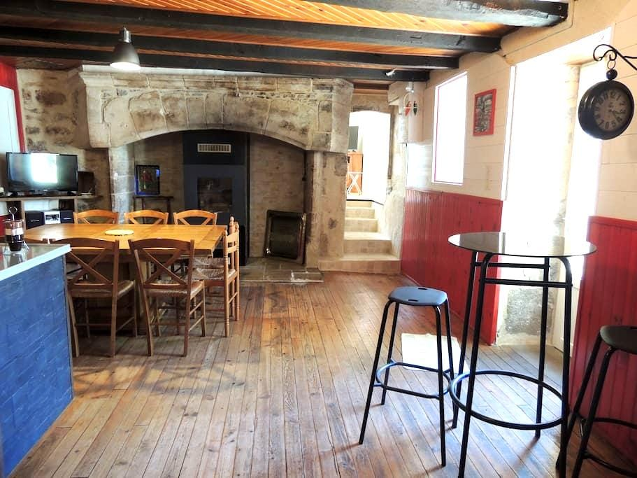 Location de chambre dans pigeonnier - Floirac - Huis