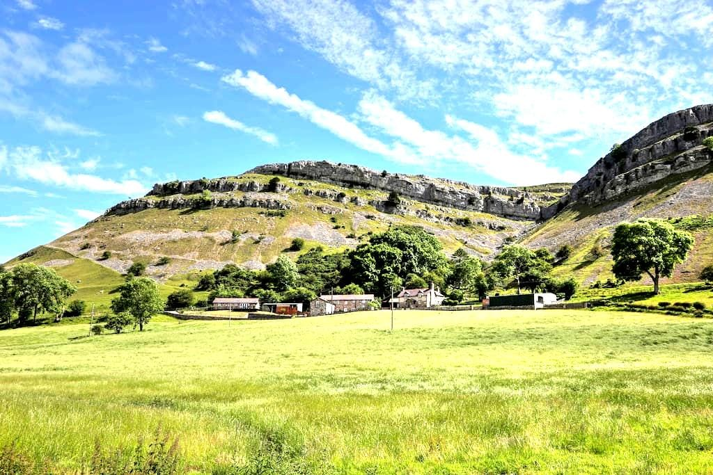 The 2 Bedroom Lodge @ Panorama Cottages - Llangollen - Natur-Lodge