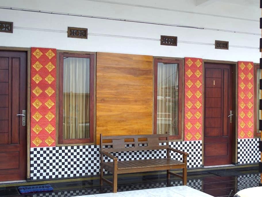 Guesthouse of Leko - Sukapura - Rumah Tamu
